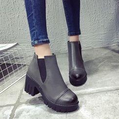 BARCA - Block Heel Ankle Boots