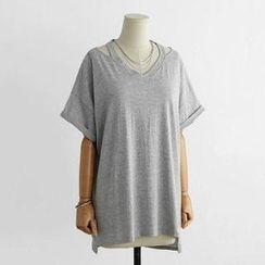 Eloqueen - Short-Sleeve Cutout Loose-Fit Top