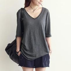 NANING9 - V-Neck Elbow-Sleeve T-Shirt