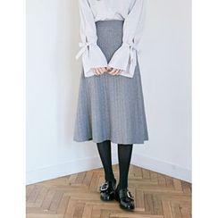 FROMBEGINNING - Pleated A-Line Midi Knit Skirt