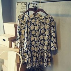 Glovon - Floral Print Long-Sleeve Dress
