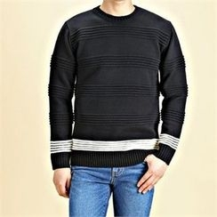 THE COVER - Crew-Neck Contrast-Trim Sweater