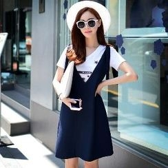 Dabuwawa - Tied V-Neck Jumper Dress