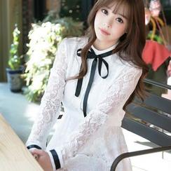Dowisi - Ribbon Long-Sleeve Lace Dress