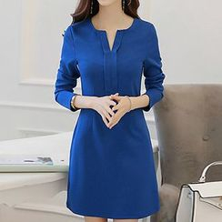 Q.C.T - Long-Sleeve Notch Neck Dress
