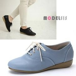 MODELSIS - Lace-Up Oxfords
