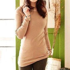 Lina - Long Sleeved T-shirt