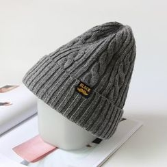 EVEN - Cable Knit Beanie