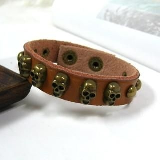 OWL Fashion - Skull-Stud Genuine-Leather Bangle