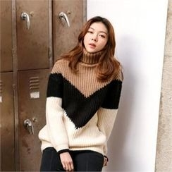 MAGJAY - Turtle-Neck Color-Block Knit Sweater