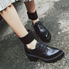 JY Shoes - Platform Pointy Lace Ups