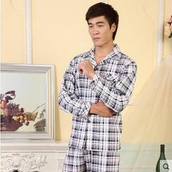 Landgravine - Pajama Set: Plaid Top + Plaid Pants