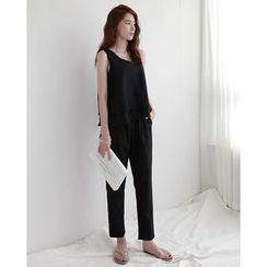 NIPONJJUYA - Set: Sleeveless Linen Blend Top + Tapered Pants