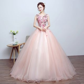 Nidine - Sleeveless Embroidery Ball Gown Wedding Dress