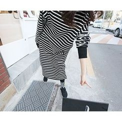 MARSHMALLOW - Mock-Neck Striped Dress