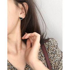 UPTOWNHOLIC - Heart Stud Earrings