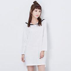 BORAN - Long-Sleeve V-neck A-line Dress