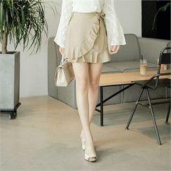 CHICLINE - Frill-Accent Miniskirt