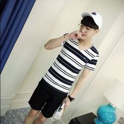 Hawoo - V-Neck Striped T-Shirt