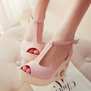 77Queen - T-Strap Wedge Sandals