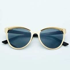 Sunny Eyewear - Cat Eye Sunglasses