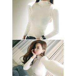 ATTYSTORY - Mock-Neck Rib-Knit Top