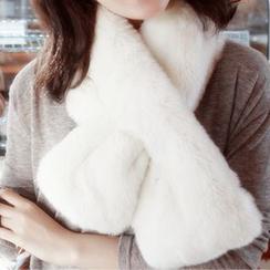 Azalea - Furry Scarf
