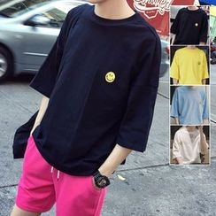 ZZP HOMME - Smiley Embroidered Crewneck T-Shirt