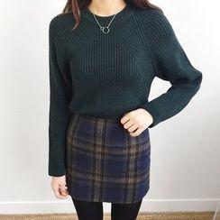 Seoul Fashion - Zip-Back Checked Mini Skirt