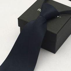 Romguest - Pre-Tied Neck Tie