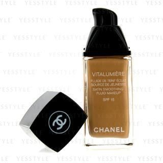 Chanel - Vitalumieries Fluide Makeup SPF15