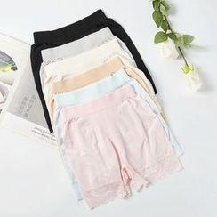 MITU - Lace Trim Under Shorts