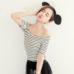 Tokyo Fashion - Off-Shoulder Striped Top