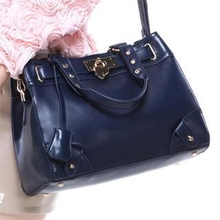 Axixi - Studded Tote