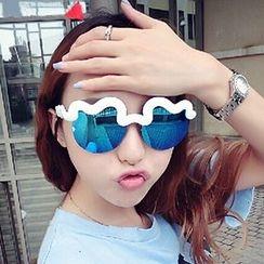Sunny Eyewear - Mirrored Wavy Sunglasses