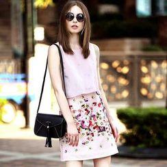 Queen Mulock - Sleeveless Floral Layered Dress