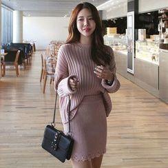 Seoul Fashion - Set: Ribbed Sweater + Lace-Hem Ribbed Knit Skirt