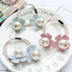 Tiea - Faux Pearl Floral Hair Tie