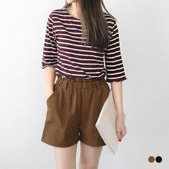 OrangeBear - Ruffle-Waist Shorts