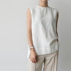 UPTOWNHOLIC - Sleeveless Linen Top