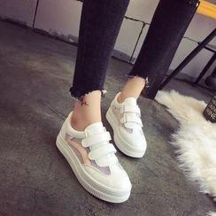 Charming Kicks - Mesh Panel Velcro Platform Sneakers