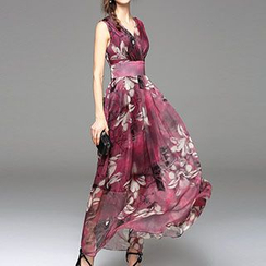 Jolly Club - Sleeveless Printed Maxi Dress