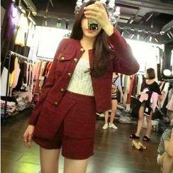 Mi Camilla - Set: Buttoned Cropped Jacket + Paneled Shorts