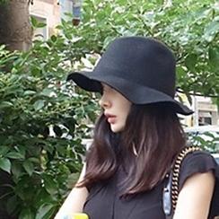 Hats 'n' Tales - Woolen Sun Hat
