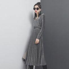 Sonne - 性感低领金丝百褶修身连衣裙