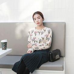 Seoul Fashion - Floral Print Button-Back Top