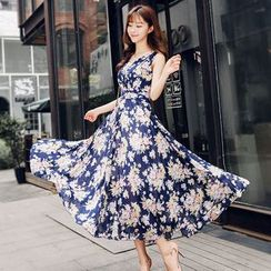 Sonatine - Printed V-Neck Sleeveless Chiffon Maxi Dress