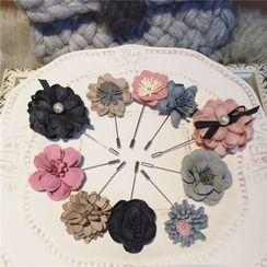 L for Love - Flower Brooch