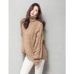 GUMZZI - Turtleneck Cable-Knit Beaded Sweater