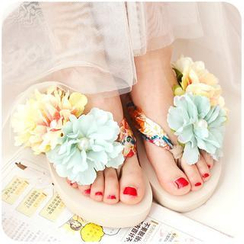 Momoi - Flower Applique Flip Flops